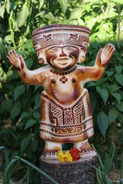 Meso_american_statue